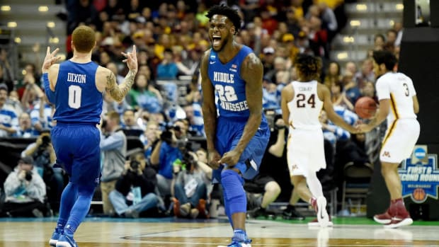 Middle Tennessee State knocks off Minnesota in NCAA tournament--IMAGE
