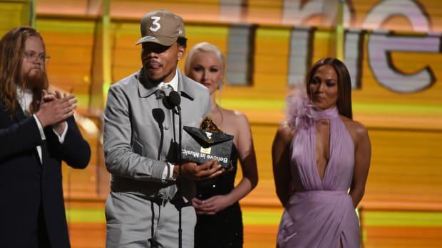 chance-the-rapper-wins-grammy.jpg