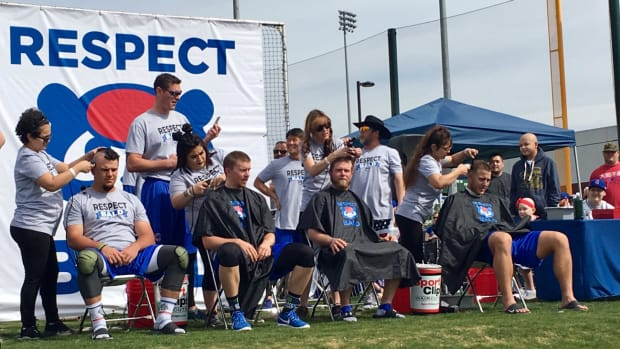 chicago-cubs-shave-heads-video.jpg