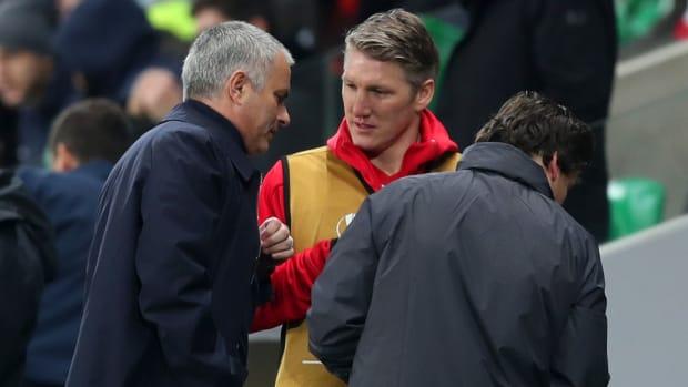 mourinho-schweinsteiger-manchester-united.jpg