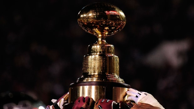why-is-it-called-egg-bowl.jpg