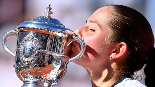Unseeded Jelena Ostapenko triumphs at Roland Garros--IMAGE