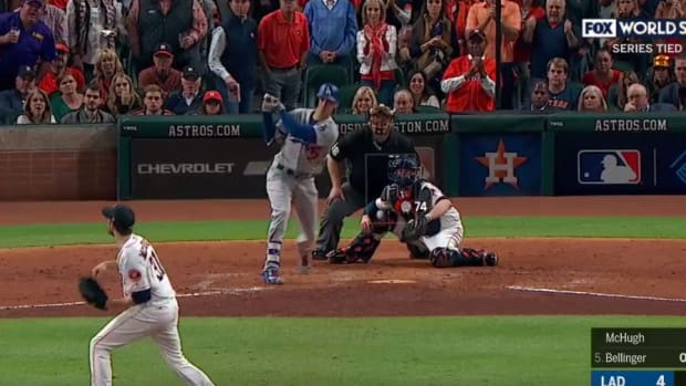 cody-bellinger-home-run.jpg