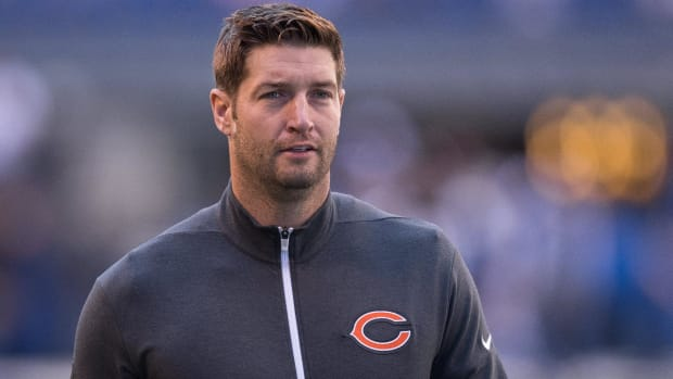Bears release quarterback Jay Cutler after eight seasons - IMAGE