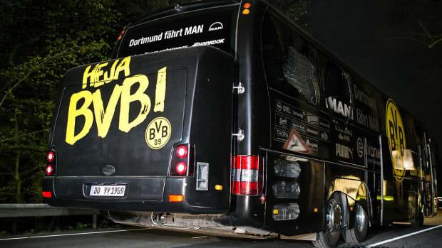 dortmund-bus-0413.jpg