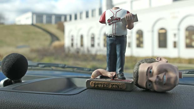 mmqb-tour-peter-king-bobblehead.jpg