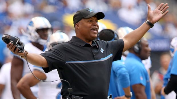Lions to retain head coach Jim Caldwell for 2017 season - IMAGE