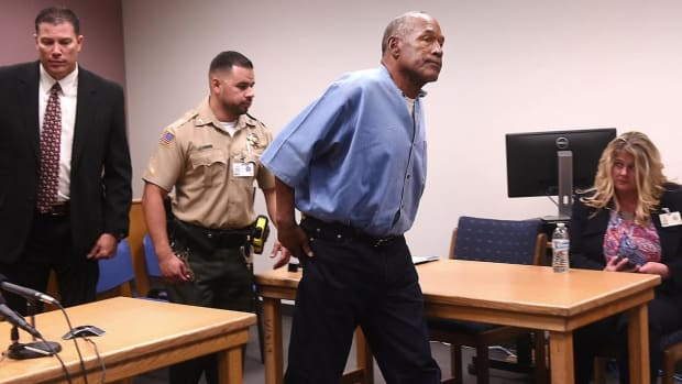 Attorney: O.J. Simpson Banned From Las Vegas Hotel-Casino - IMAGE