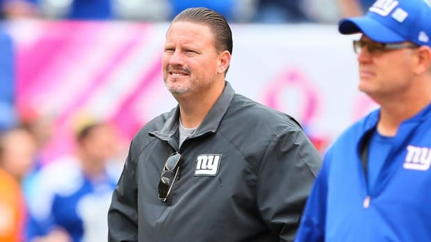 Giants Fire Back at Players Who Anonymously Criticized Head Coach Ben McAdoo - IMAGE