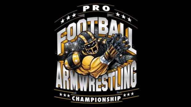 NFL looking into Las Vegas arm wrestling event - IMAGE