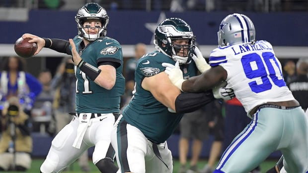 carson-wentz-philadelphia-eagles-dallas-cowboys-sunday-night-football.jpg