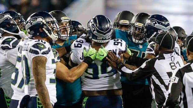 Seahawks-Jaguars-fight.jpg