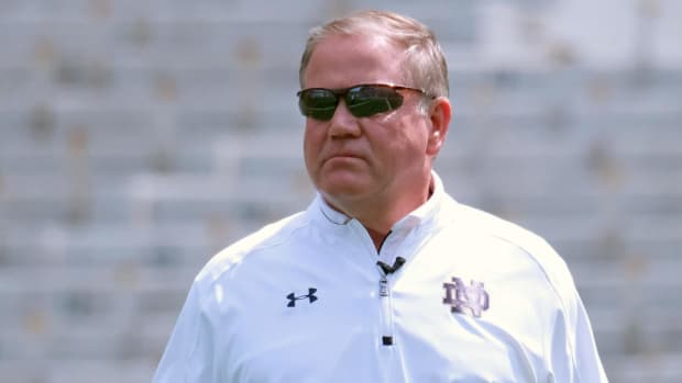 #DearAndy: Is Brian Kelly on the hot seat at Notre Dame? -- IMG