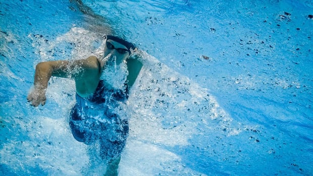 Katie Ledecky Loses 200m Freestyle At World Championships - IMAGE