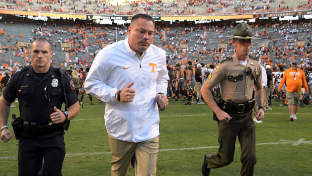 #DearAndy: Why is Butch Jones Still Employed at Tennessee After That Georgia Loss?