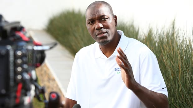 hakeem-olajuwon-interview-lead.jpg