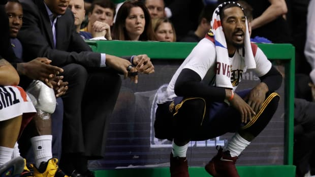 jr-smith-daughter-premature-goes-home.jpg