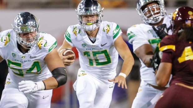 Andy Staples Previews One of the Best Early Bowl Games: The Las Vegas Bowl