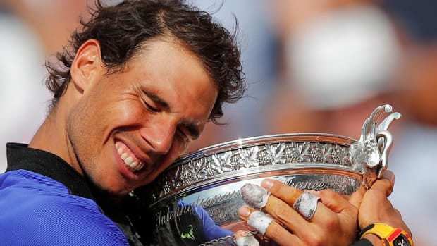 Rafael Nadal wins 10th French Open title--IMAGE