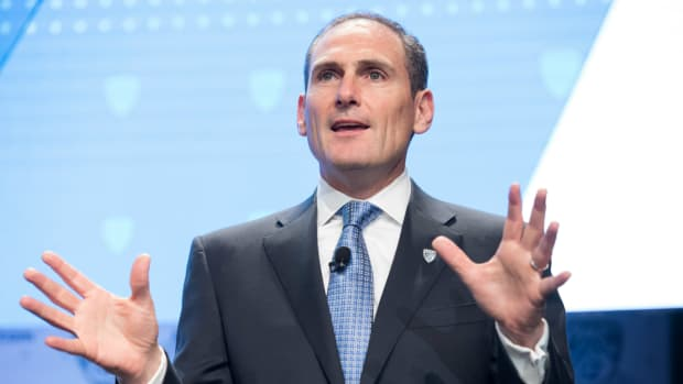 pac-12-larry-scott-conference.jpg