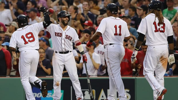 Red Sox Stave Off Elimination With 10-3 Win Over Astros in Game 3 - IMAGE