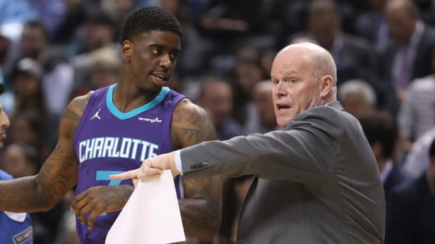 Hornets Coach Steve Clifford Takes Indefinite Medical Leave - IMAGE