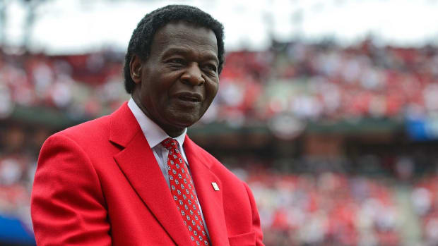 Cardinals Hall of Famer Lou Brock diagnosed with bone cancer--IMAGE