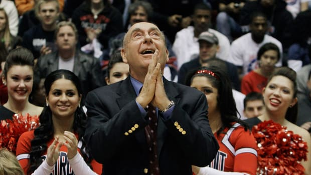 dick-vitale-contract-extension.jpg