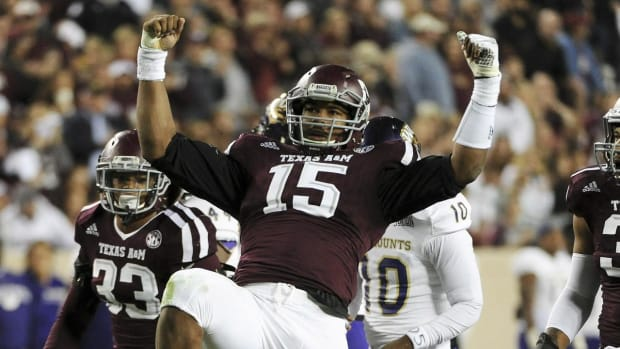 Browns select Myles Garrett with first overall pick--IMAGE