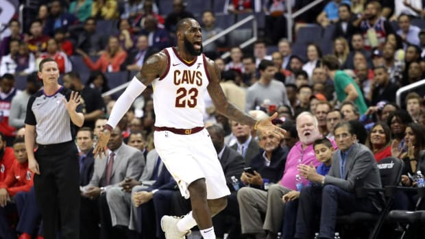 LeBron James Drops 57 On Wizards--IMAGE