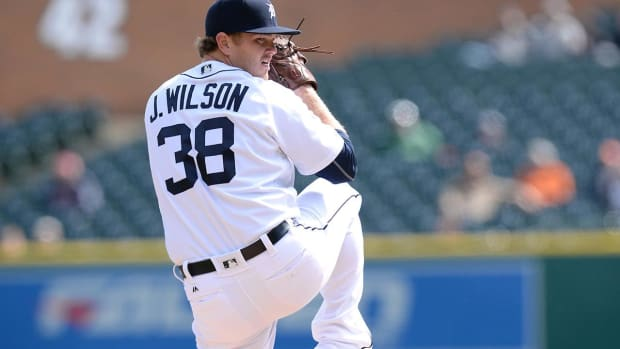 Tigers Trade Justin Wilson, Alex Avila to Cubs - IMAGE