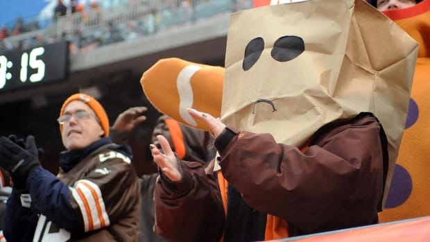 Browns ownership apologizes to season ticket holders - IMAGE