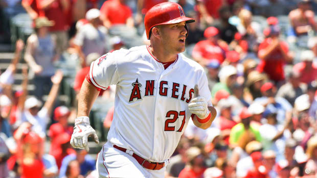 mike-trout-1000-hits.jpg