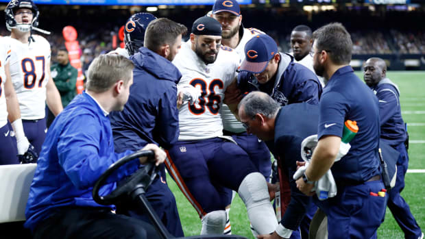 zach-miller-leg-injury-bears.jpg