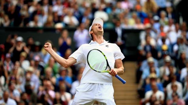Sam Querrey upsets No. 1 and defending champ Andy Murray at Wimbledon - IMAGE