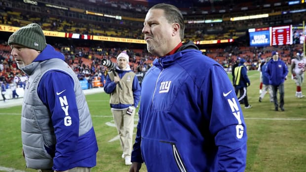 Giants Owner John Mara Was 'Furious' Over Handling of Eli Manning Benching - IMAGE