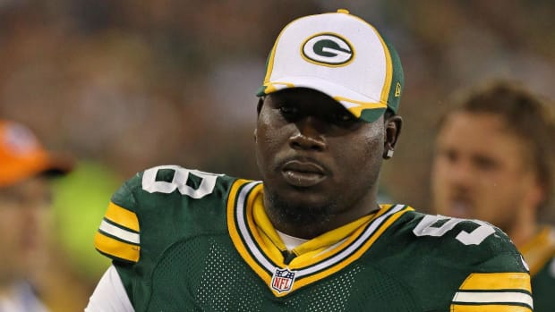 Packers Release DT Letroy Guion in Wake of Arrest, Suspension - IMAGE