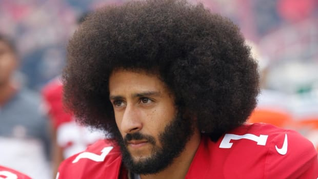 Report: Colin Kaepernick Would Attend Next Mediation Session With NFL, Players - IMAGE
