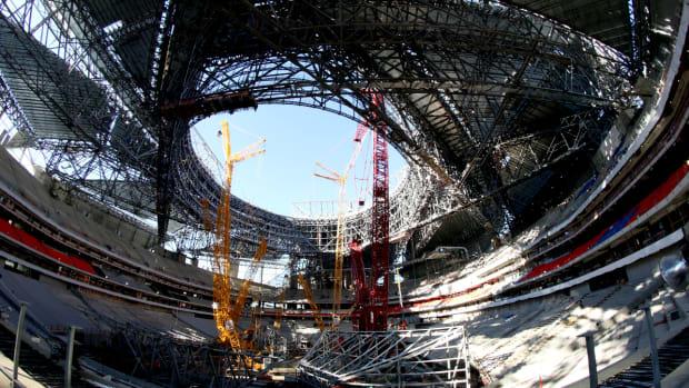 new-falcons-stadium-under-construction.jpg