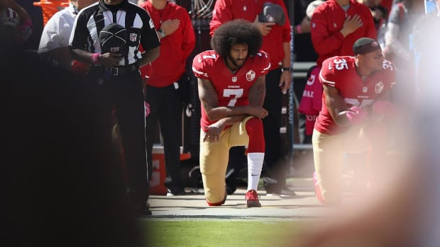 Colin Kaepernick Invited By NFL Players To Next Meeting With Owners - IMAGE