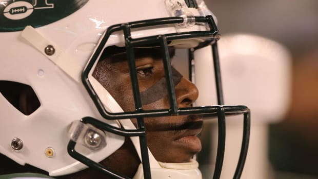 Report: Jets WR Quincy Enunwa Expected to Miss Season Due to Neck Injury - IMAGE