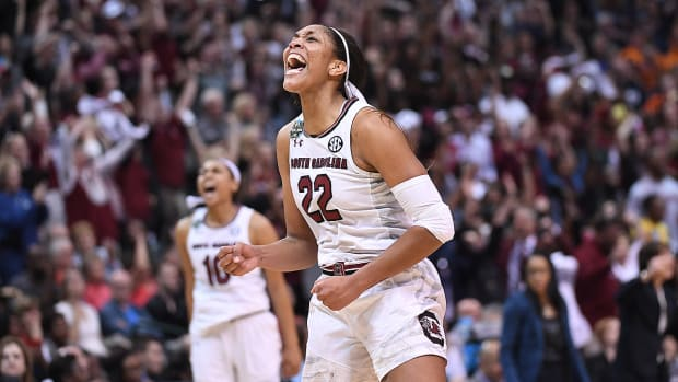 south-carolina-women-beat-stanford-final-four.jpg