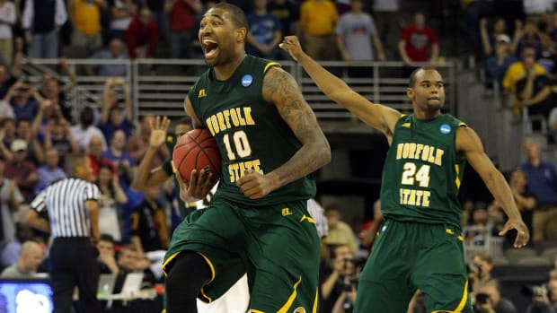 What are the odds of upsets during March Madness? - IMAGE