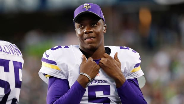 vikings-activate-bridgewater.jpg