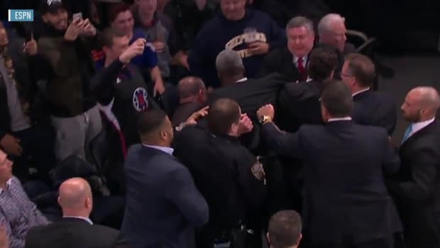 Charles Oakley arrested at Madison Square Garden for altercation with security guard IMAGE