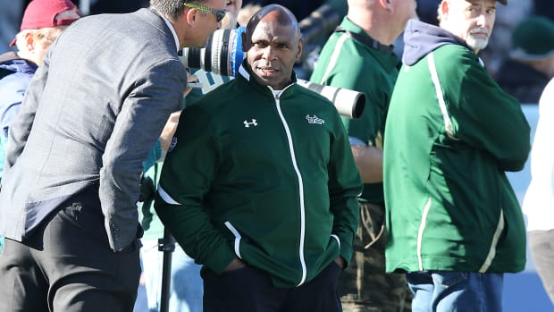 charlie-strong-usf.jpg