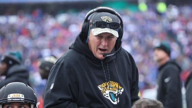 Jaguars Coach Says Quarterback Job 'Up for Grabs' - IMAGE
