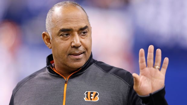 Bengals Head Coach Marvin Lewis Stepping Away From Team With Health Issue - IMAGE