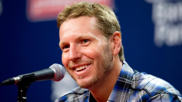Boston Radio Show Hosts Mock Roy Halladay's Death: 'He Got What He Deserved' - IMAGE