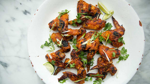 super-bowl-recipes-kimchi-glazed-chicken-wings.jpg